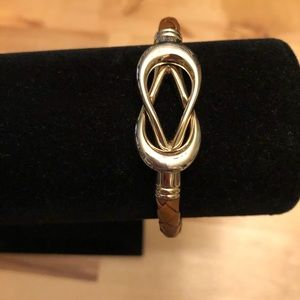 Jewelry - Women's woven leather and gold bracelet